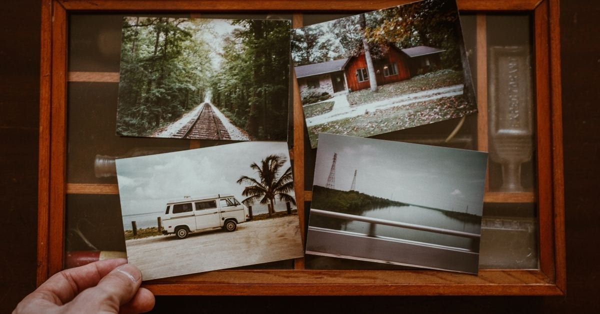 A set of four analogic travel pictures.