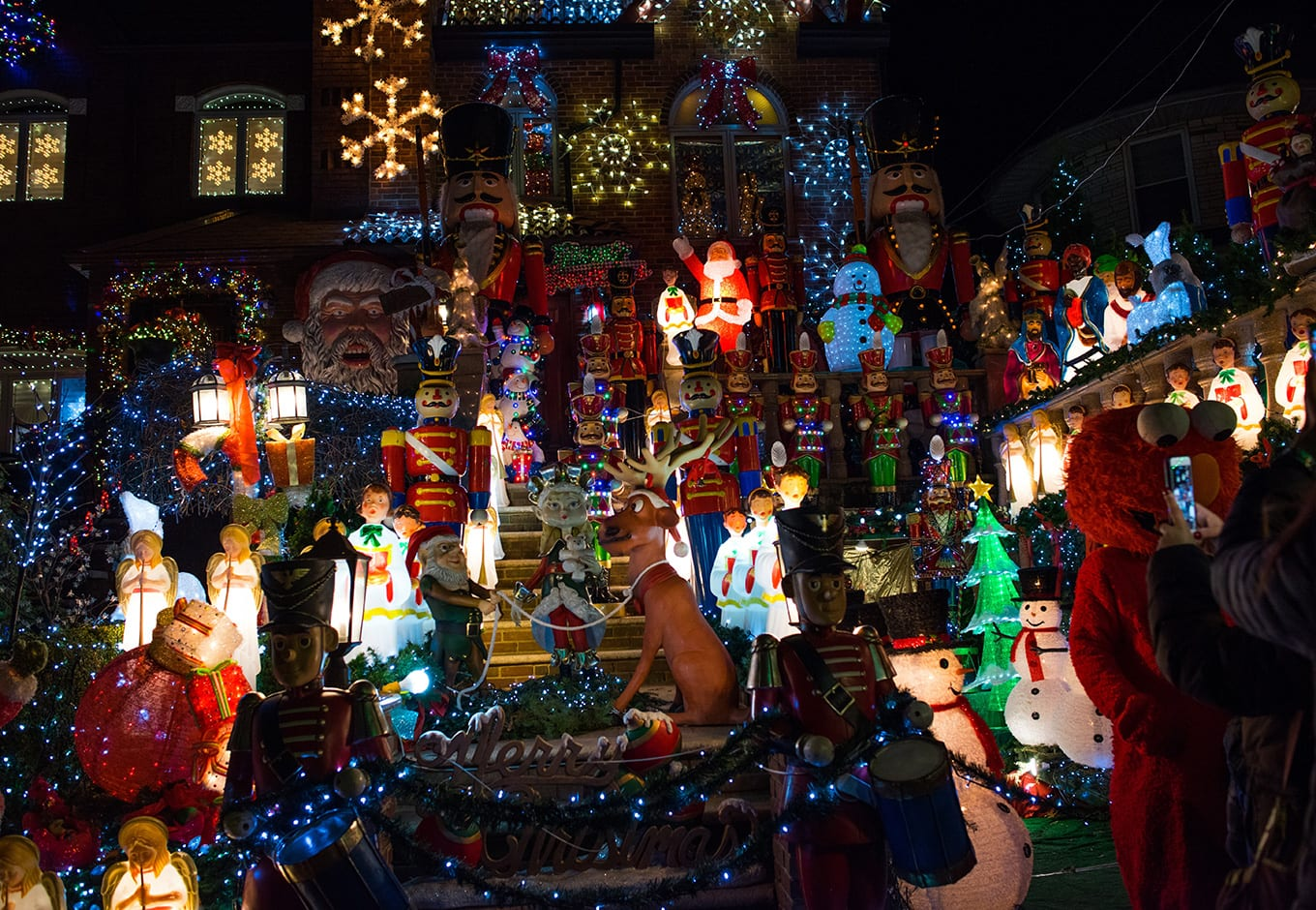 Dyker Heights Christmas Lights 2020: All Your Questions Answered!