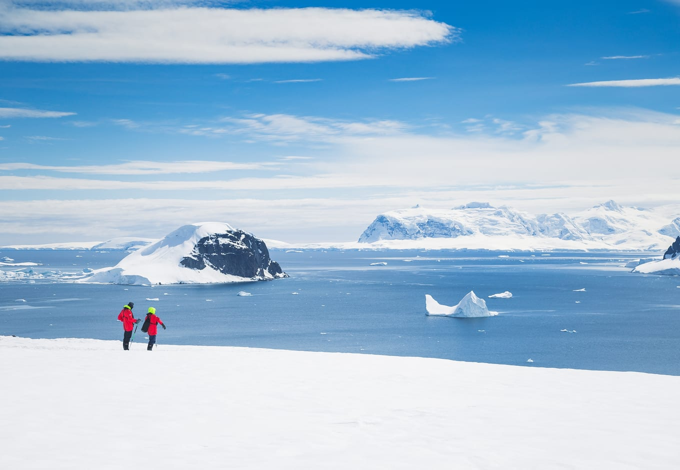 Two people during an expetition in Antarctic.
