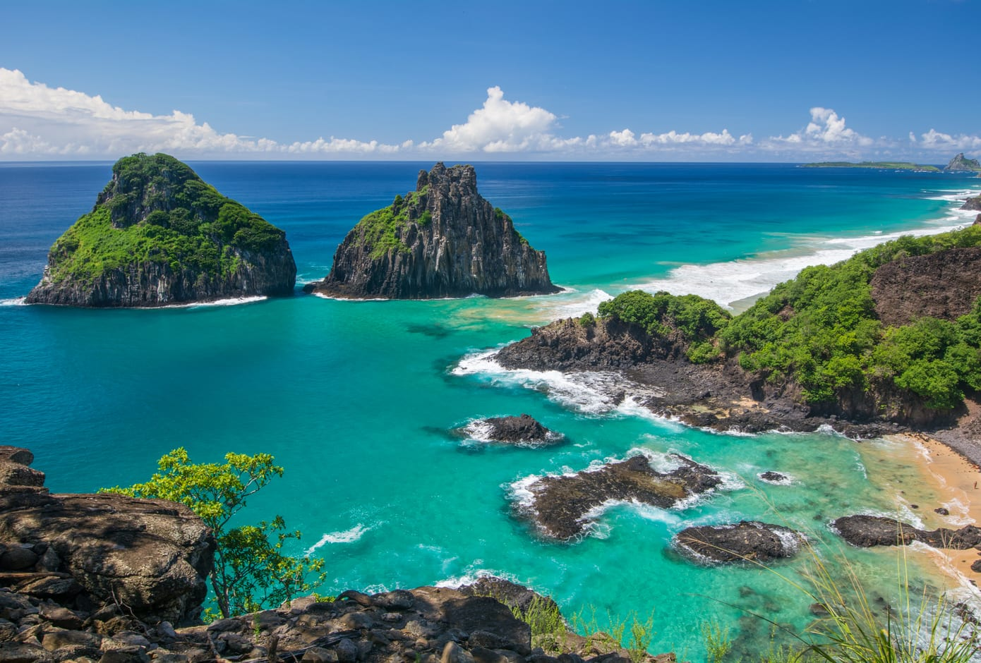 Panoramic view of Cacimba do Padre and Two Brothers Peaks in Fernando de Noronha, Brazil