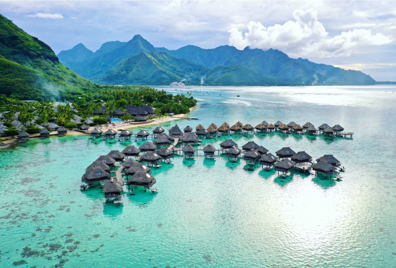 Overwater Bungalows in Mo'orea, French Polynesia