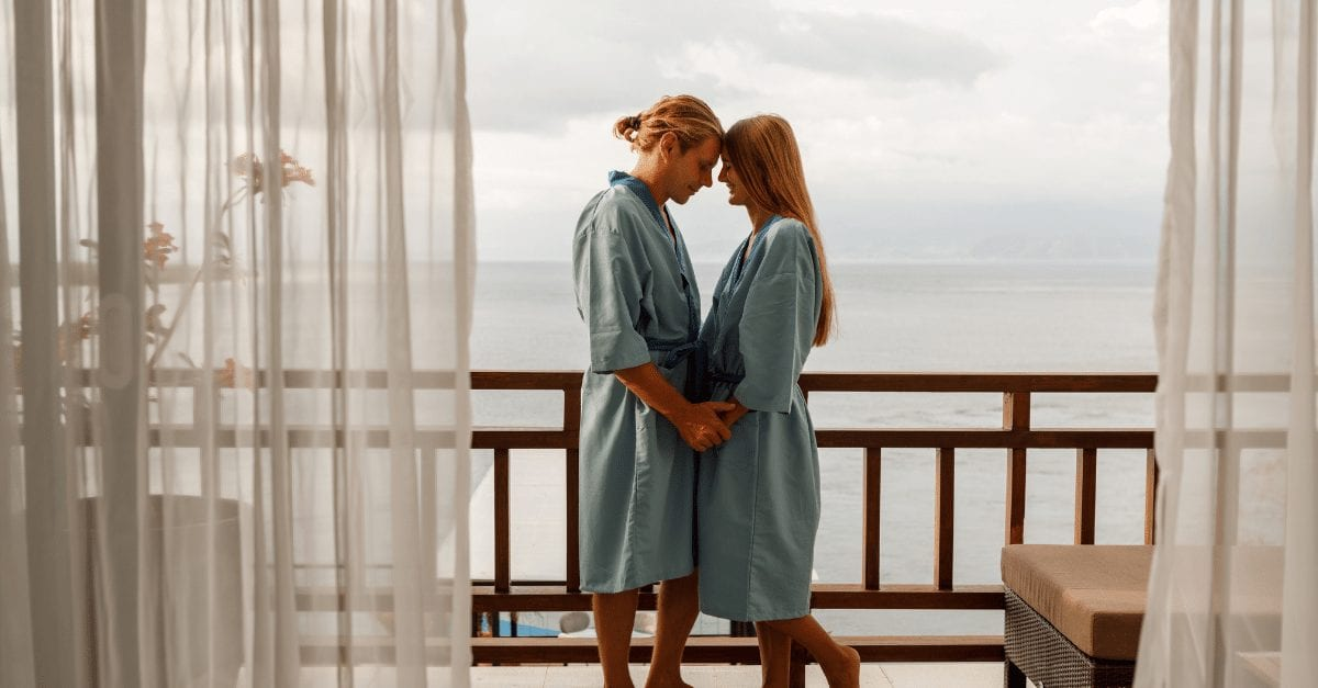 Best Romantic Spa Getaways and Sea Vacation Trends