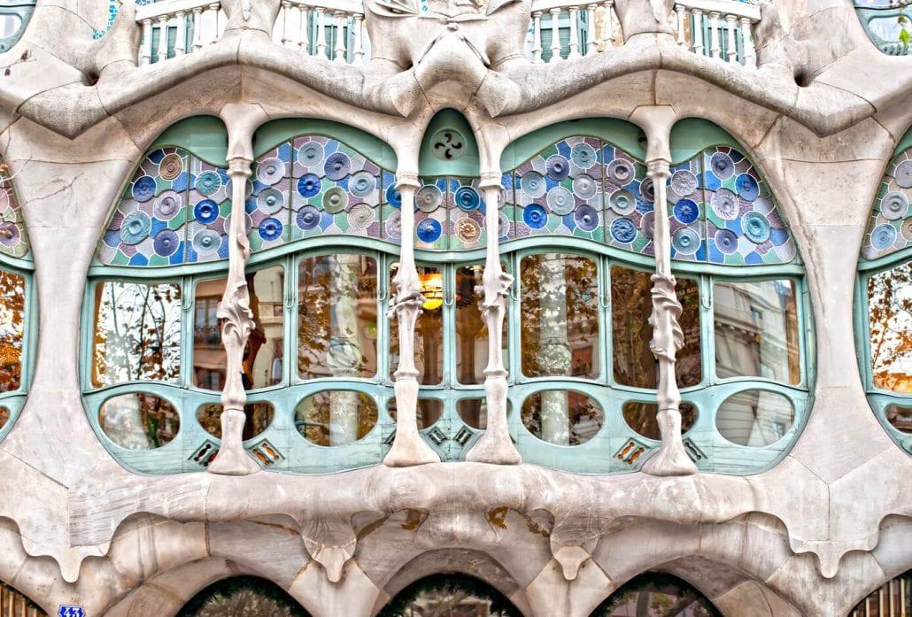 The ocean-inspired façade of Casa Batllò in Barcelona, Spain.